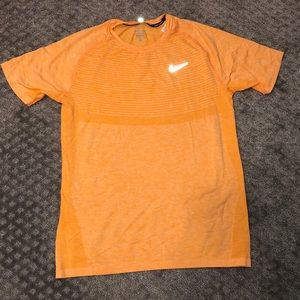 Nike men's running shirt